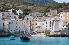『動く大地,住まいのかたち』著者が語るシチリアの秘密
