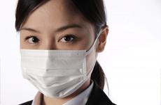 ビジネスシーンで「マスク」はマナー違反なのか?