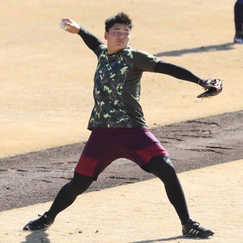 【清宮幸太郎を追え!】中田翔は本塁打。日本ハム高卒新人野手のオープン戦デビューから清宮を占う